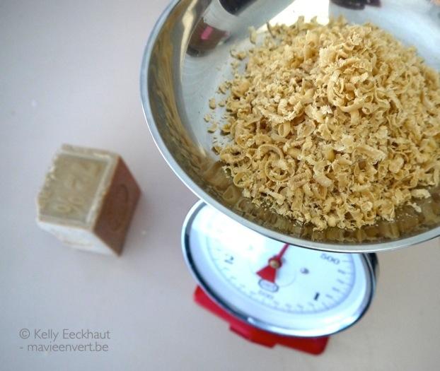 wasmiddel-zelf-maken-marseillezeep-raspen