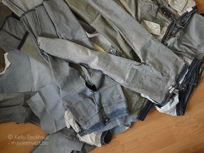 jeansbroeken binnenstebuiten